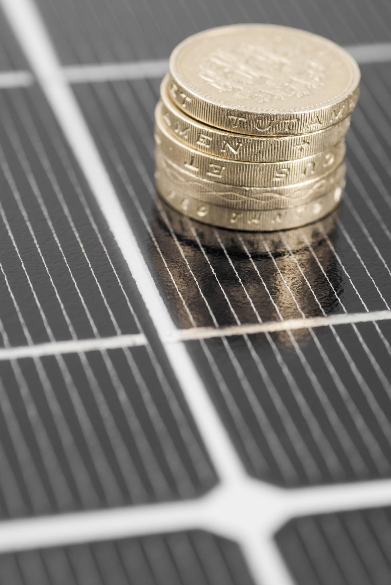 panneaux solaires rentables sur le long terme lorraine magazine. Black Bedroom Furniture Sets. Home Design Ideas