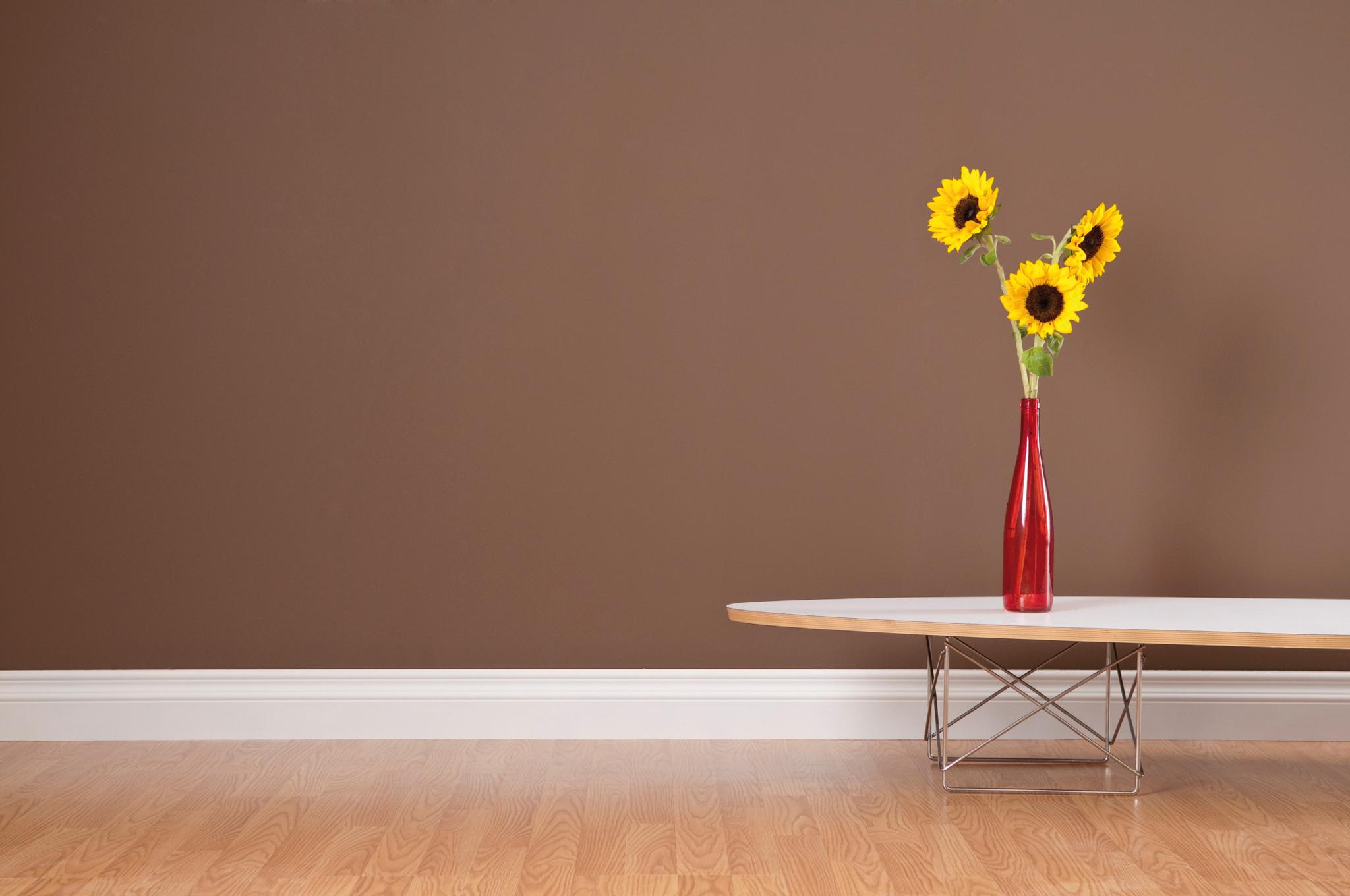 le chauffage est dans la plinthe lorraine magazine. Black Bedroom Furniture Sets. Home Design Ideas