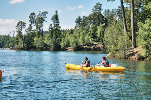 kayak2 - Crédit Pays des Lacs Pierre Percée