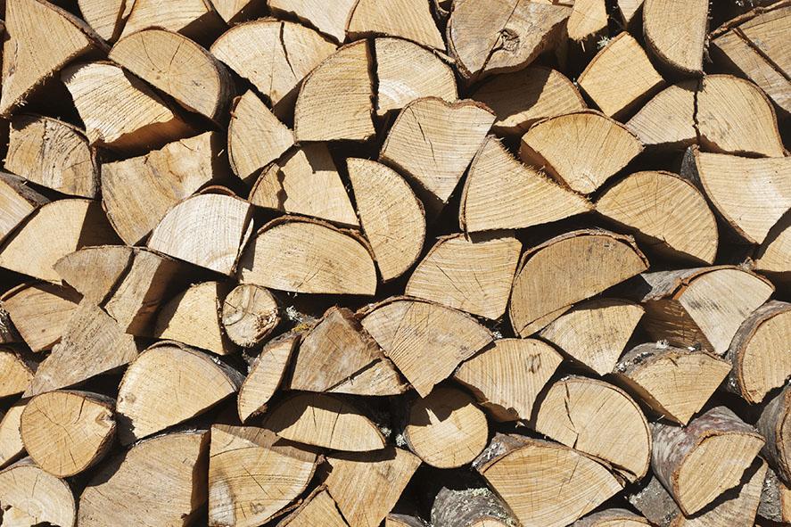 les avantages du bois de chauffage lorraine magazine. Black Bedroom Furniture Sets. Home Design Ideas
