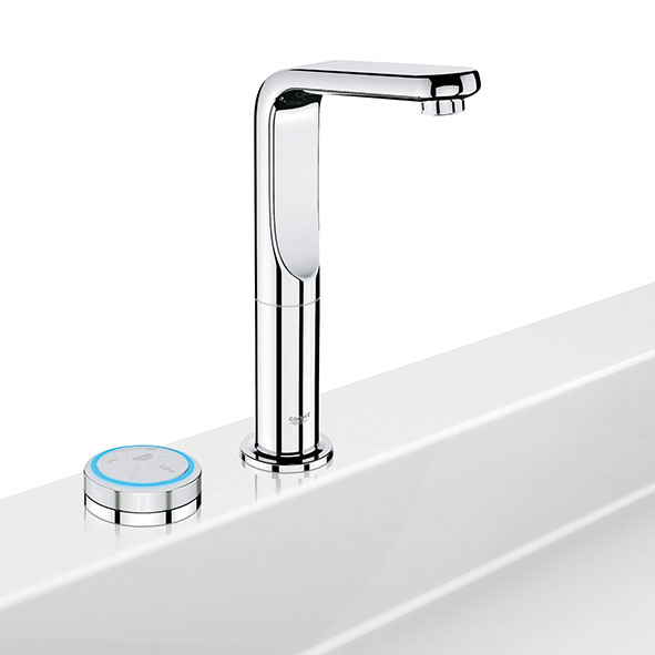 Des salles de bains de plus en plus high tech lorraine for Avoir le wifi dans toute la maison